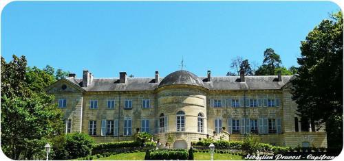 Château / Manoir de luxe à vendre PERIGUEUX, 900 m², 9 Chambres, 1627500€