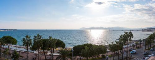 Luxury Apartment for rent CANNES, 250 m², 4 Bedrooms,