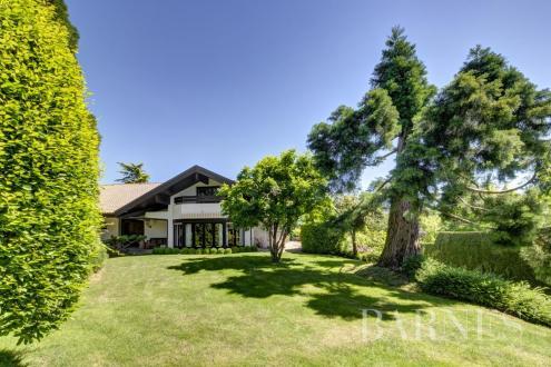 Luxe Domein  te koop VETRAZ MONTHOUX, 300 m², 5 Slaapkamers, 1800000€