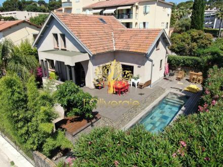 Luxe Huis te koop SANARY SUR MER, 160 m², 5 Slaapkamers, 997000€
