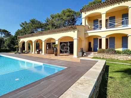 Maison de luxe à vendre VALBONNE, 320 m², 2200000€