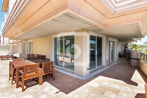 Luxury Apartment for sale LE GOLFE JUAN, 166 m², 3 Bedrooms, €1207000