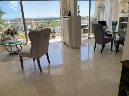 Appartement de luxe à vendre MANDELIEU LA NAPOULE, 123 m², 3 Chambres, 719000€