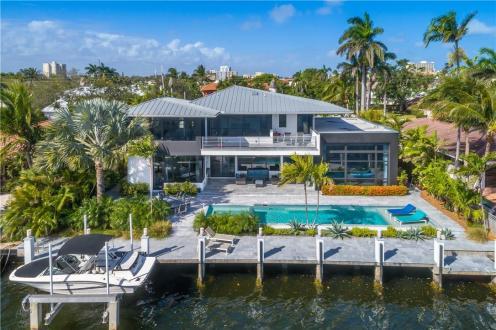 Дом класса люкс на продажу  Флорида, 490 м², 4 Спальни, 4975000€