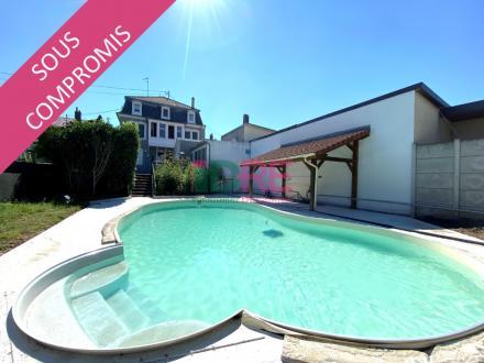 Maison de luxe à vendre BRUNSTATT, 316 m², 4 Chambres, 743028€