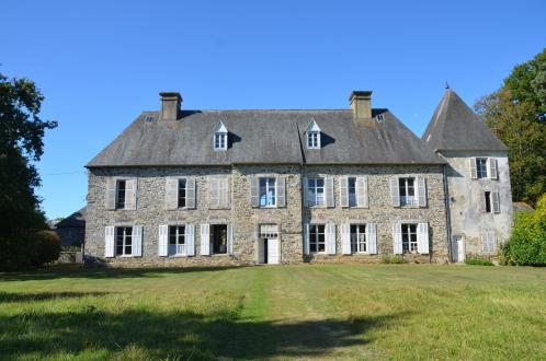 Luxury Castle for sale FEUGERES, 293 m², 5 Bedrooms, € 980 000