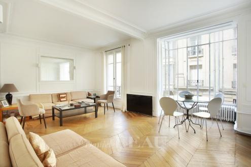 Appartement de luxe à louer PARIS 16E, 87 m², 2 Chambres, 2990€/mois