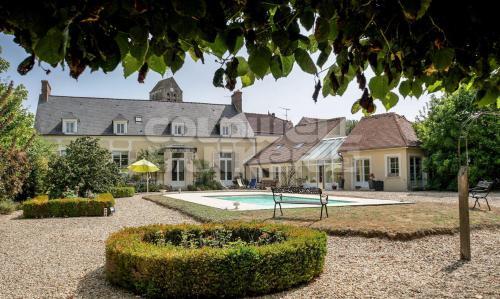 Propriété de luxe à vendre BOURAY SUR JUINE, 380 m², 7 Chambres, 1130000€
