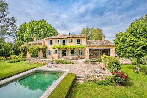 Дом класса люкс на продажу  Экс-Ан-Прованс, 345 м², 4 Спальни, 2380000€