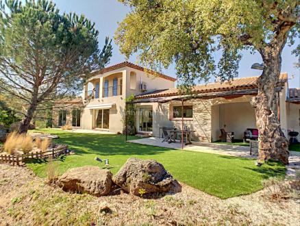 Villa de luxe à vendre PLAN DE LA TOUR, 200 m², 4 Chambres, 920000€