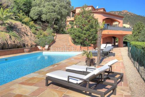 Luxury House for rent THEOULE SUR MER, 500 m², 7 Bedrooms,