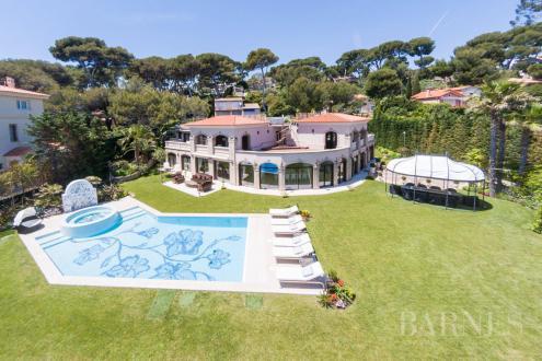 Luxury Villa for sale ANTIBES, 1300 m², 7 Bedrooms, €32000000