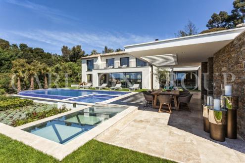 Maison de luxe à louer LA CROIX VALMER, 10 Chambres,