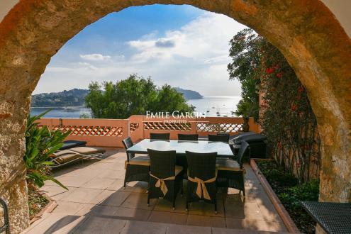 Luxury House for rent VILLEFRANCHE SUR MER, 250 m², 5 Bedrooms,
