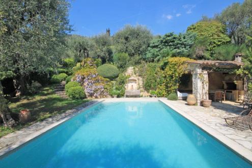 Luxus-Liegenschaft zu verkaufen GRASSE, 290 m², 5 Schlafzimmer, 1480000€