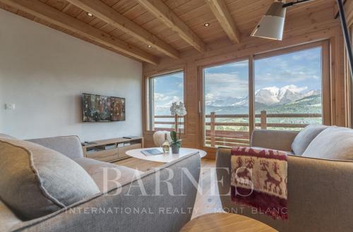 Luxury Chalet for rent COMBLOUX, 140 m², 4 Bedrooms,