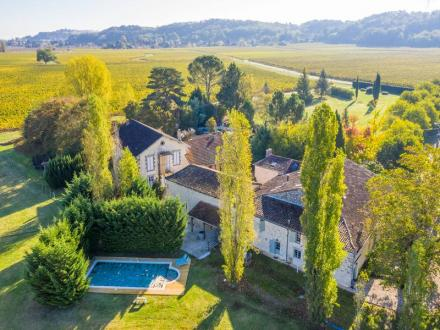 Luxury House for sale SAINT EMILION, 676 m², 11 Bedrooms, € 985 800