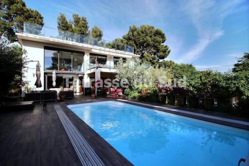 Luxe Huis te koop LA CIOTAT, 373 m², 6 Slaapkamers, 1890000€