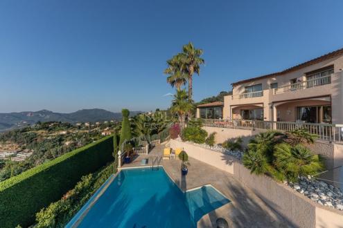 Villa de luxe à vendre MANDELIEU LA NAPOULE, 350 m², 4 Chambres, 3500000€