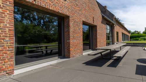 Luxus-Villa zu verkaufen BRAINE L ALLEUD, 2000 m², 15 Schlafzimmer