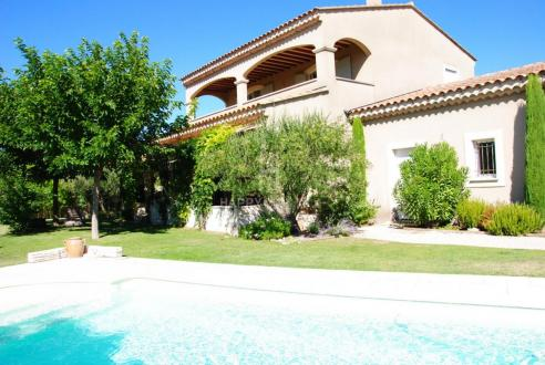 Villa de luxe à vendre MOLLEGES, 170 m², 4 Chambres, 657000€