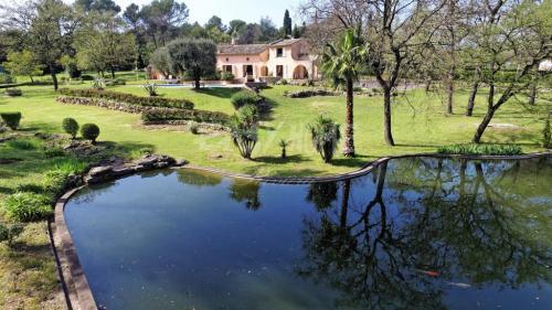 Luxury Villa for sale MOUGINS, 300 m², 4 Bedrooms, €2325000