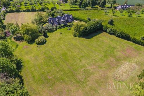 Дом класса люкс на продажу  Довиль, 300 м², 6 Спальни, 1150000€