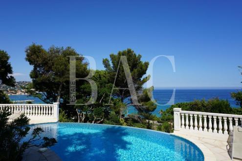 Вилла класса люкс на продажу  Сент-Максим, 300 м², 7 Спальни, 4789000€