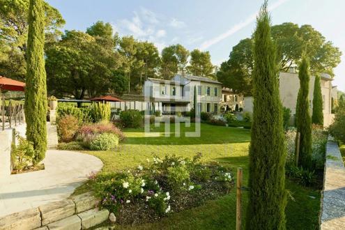 Luxus-Haus zu vermieten LES BAUX DE PROVENCE, 600 m²,