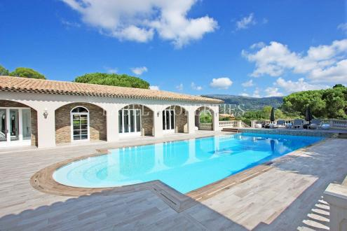 Luxury House for rent PEYMEINADE, 430 m², 6 Bedrooms,