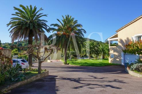 Propriété de luxe à vendre SAINT TROPEZ, 570 m², 16 Chambres, 6900000€