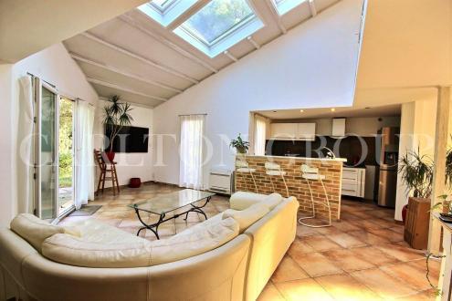 Villa de luxe à vendre VALBONNE, 126 m², 4 Chambres, 590000€