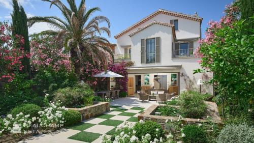 Luxe Villa te koop SAINT TROPEZ, 219 m², 4 Slaapkamers, 4950000€