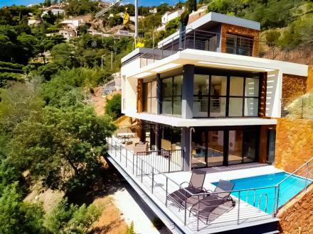 Villa di lusso in vendita THEOULE SUR MER, 130 m², 4 Camere, 1490000€