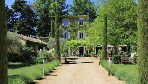 Luxury House for rent LE THOR, 380 m², 6 Bedrooms,