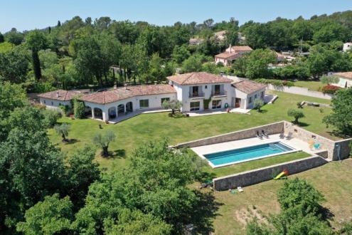 Maison de luxe à vendre FAYENCE, 373 m², 4 Chambres, 1600000€