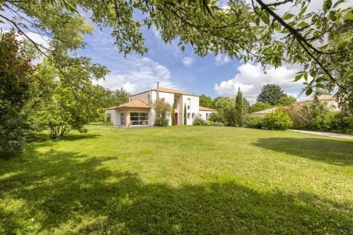 Maison de luxe à vendre VERTOU, 173 m², 6 Chambres, 936000€