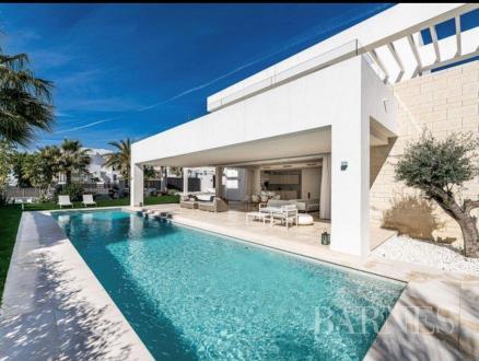 Luxe Villa te koop Spanje, 200 m², 3 Slaapkamers, 1595000€