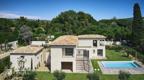 Luxe Villa te koop SAINT TROPEZ, 208 m², 5 Slaapkamers, 3600000€
