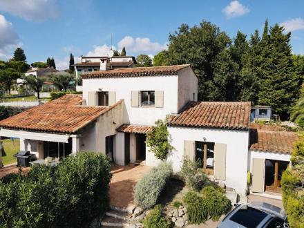 Maison de luxe à vendre MOUGINS, 154 m², 4 Chambres, 662000€