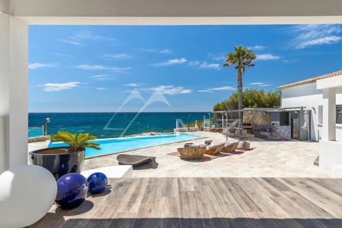Villa de luxe à vendre SANARY SUR MER, 650 m², 7 Chambres, 8800000€