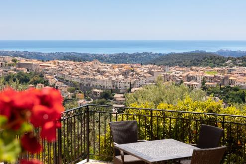 Propriété de luxe à vendre VENCE, 213 m², 5 Chambres, 1900000€