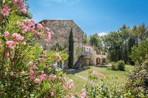 Villa de luxe à vendre ROUSSILLON, 330 m², 8 Chambres, 1225000€