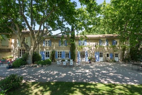 Luxury Farm for sale L'ISLE SUR LA SORGUE, 370 m², 5 Bedrooms, €1090000