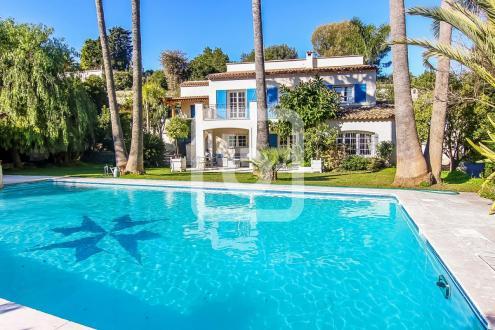 Luxury Villa for sale LE GOLFE JUAN, 330 m², 6 Bedrooms, €1380000