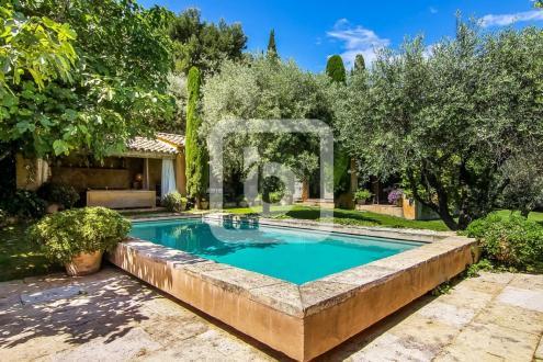 Proprietà di lusso in vendita LA COLLE SUR LOUP, 170 m², 4 Camere, 1890000€