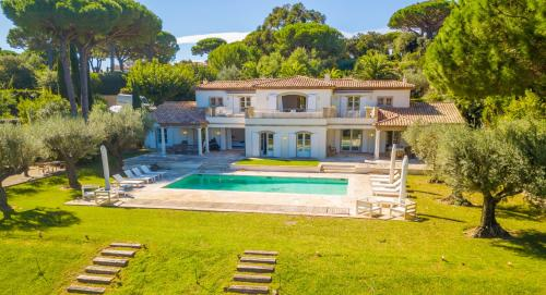 Villa de luxe à vendre SAINT TROPEZ, 400 m², 6 Chambres, 9900000€