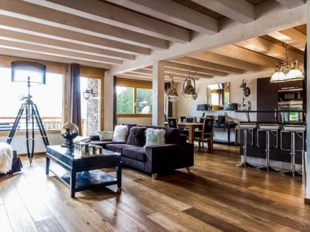 Luxury Chalet for rent Crans-Montana, 142 m², 4 Bedrooms,