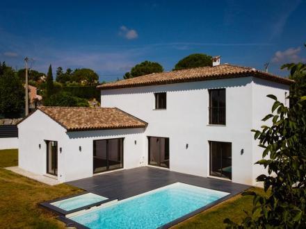 Luxus-Villa zu verkaufen GRASSE, 220 m², 4 Schlafzimmer, 945000€