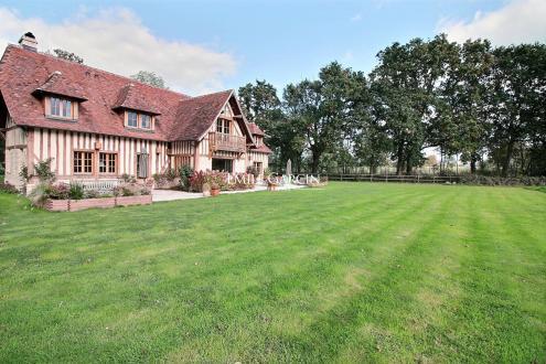 Дом класса люкс на продажу  Довиль, 290 м², 4 Спальни, 2100000€